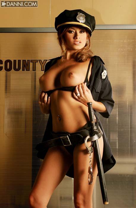 Фото голых девушек в униформе 45256 фотография