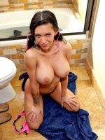 Jenna Presley gets wet snatch filled