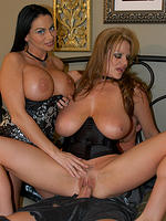 Kelly and busty Harley Raines fucking in a threeway