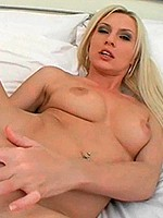 Kelle Marie toys shaved pussy to make you jerk