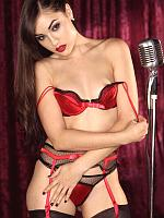 Sasha Grey cabaret singer strips naked