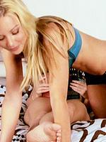 Alexis Texas teases friend Kayden