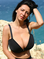 Anya Zenkova big titties by the ocean