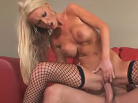 Nikki Benz fills her wet pussy with cock