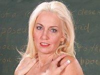 Teacher screws hard in class